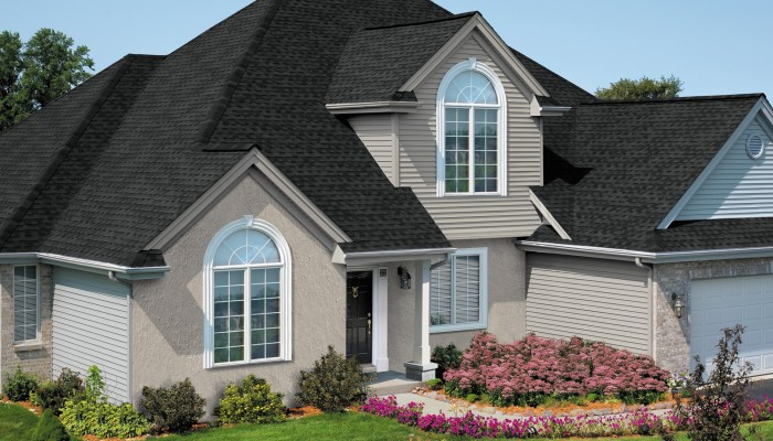 GAF Timberline Natural Shadow Shadow Charcoal House